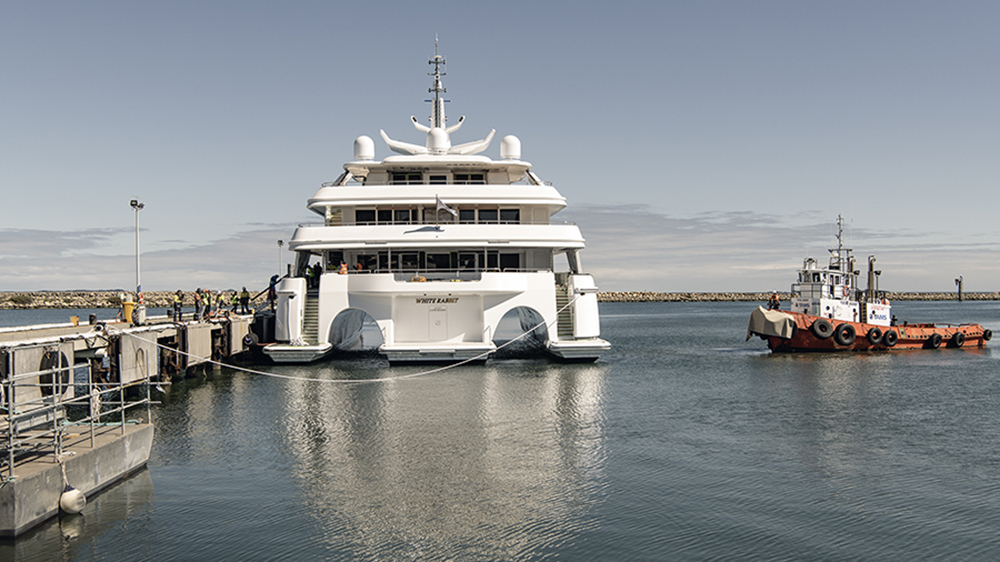 Bathing platform and bridges M/Y White Rabbit