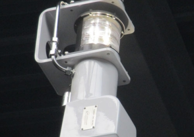 MY Senses with a Hydromar deck crane including light mast function (4)