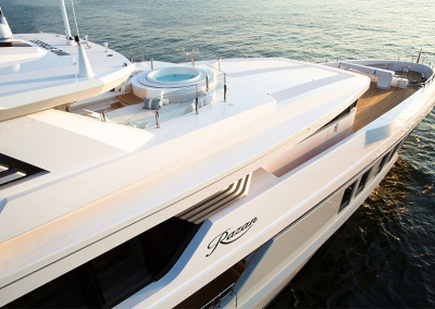 Hydromar deck crane on MY Razan build by Turqoise Yachts